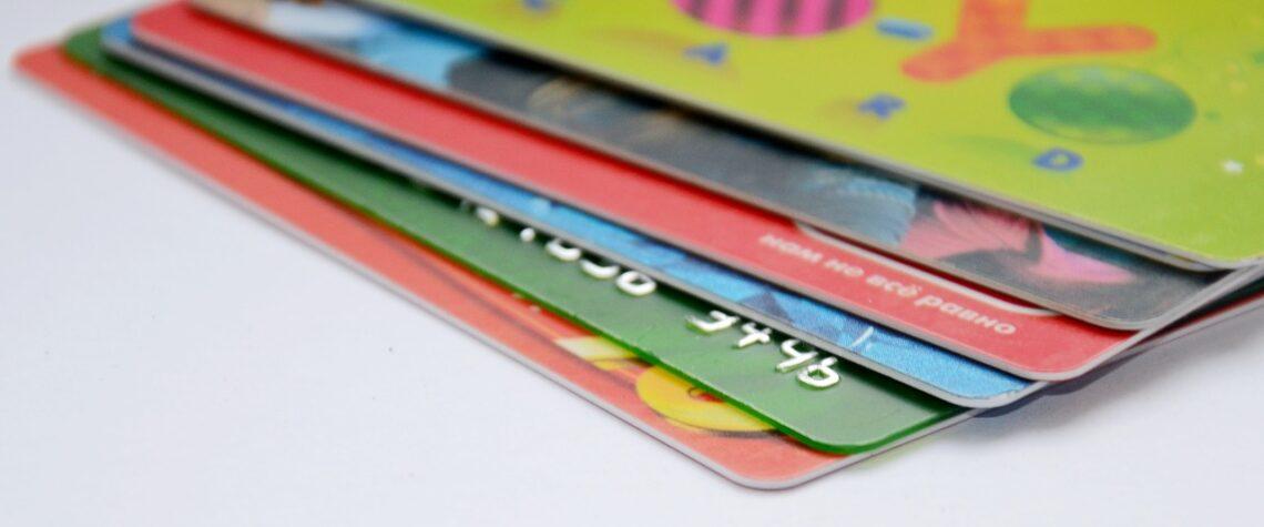 банковские карты и магазины