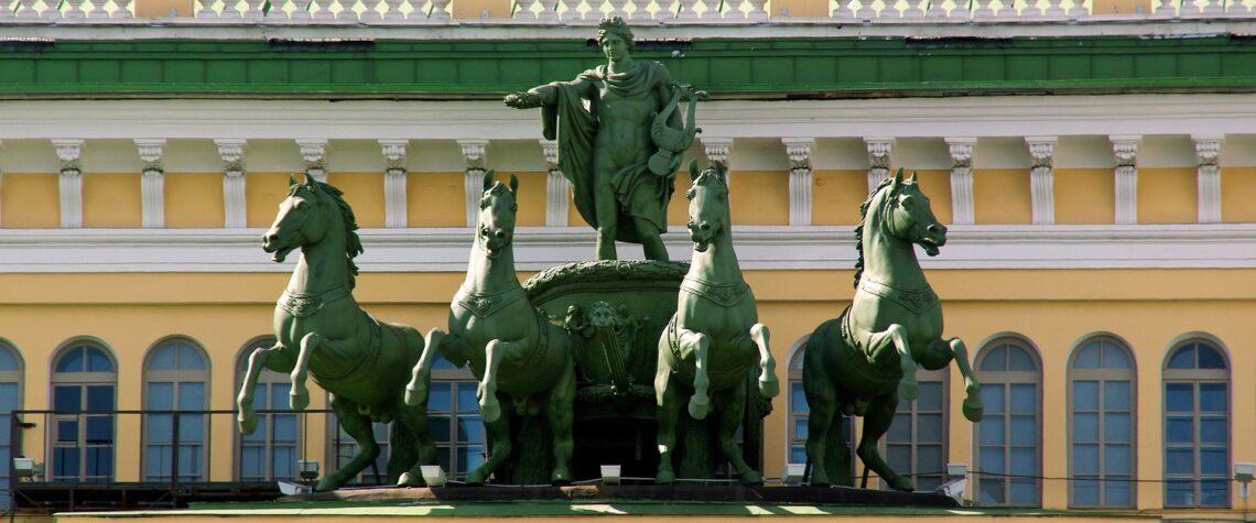 дворцы спб