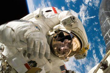 фильм в космосе