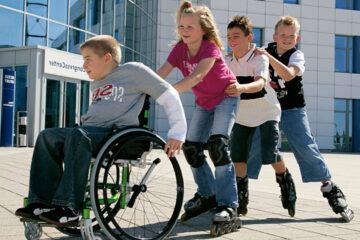 общество и инвалиды
