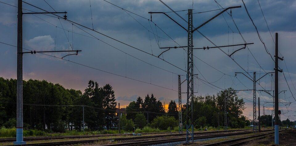 электричка между ладожским вокзалом и кудрово