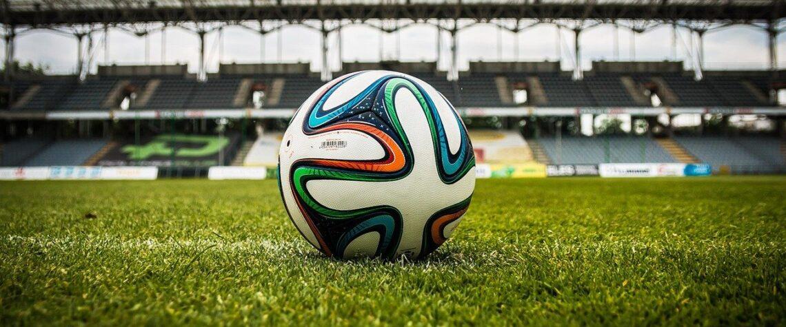 в школах появятся уроки футбола
