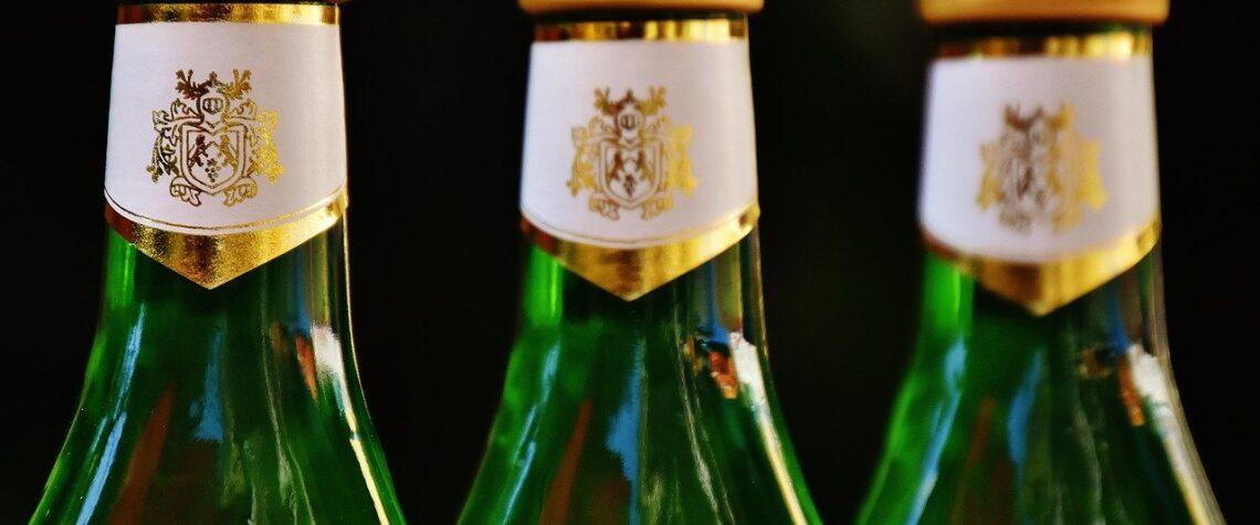убрать крепкий алкоголь из магазинов