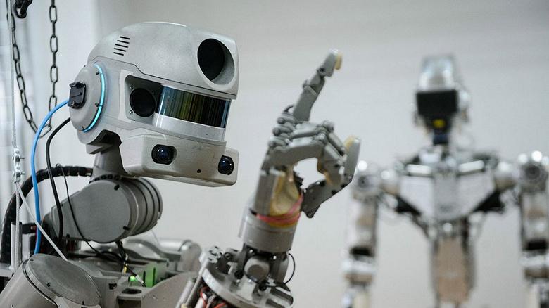 Первый отечественный человекоподобный робот андроид для работы в космосе