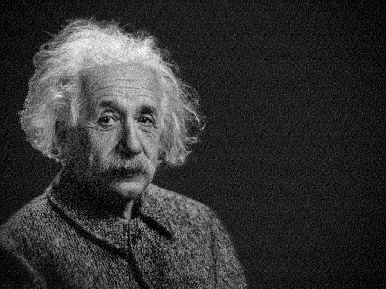 гений альберт эйнштейн
